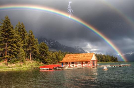 Lucky Rainbow Screensaver