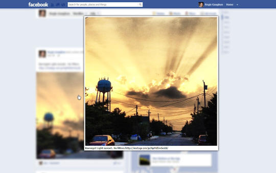 Photo Zoom for Facebook for Chrome.