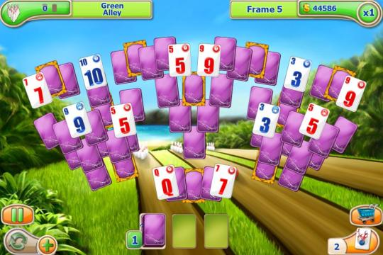 Strike Solitaire HTML5